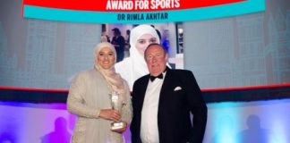 Dr Rimla Akhtar raih penghargaan Arabian Business London Awards.