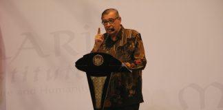 Prof. Quraish Shihab.